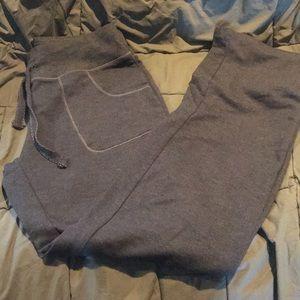 🌺 2 for $10 Eddie Bauer medium sweatpants